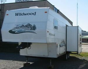 2004 Forest River Wildwood 24RLS