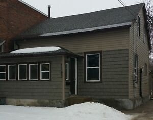 New Ad! Private Sale! Downtown! OPEN HOUSE Sat March 25, 1-3 pm