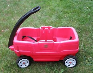Step 2 wagon with seat belts