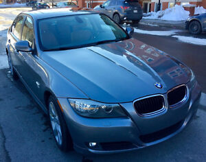 2011 BMW 3-Series 328i xDrive Premium Cold Weather Package Sedan