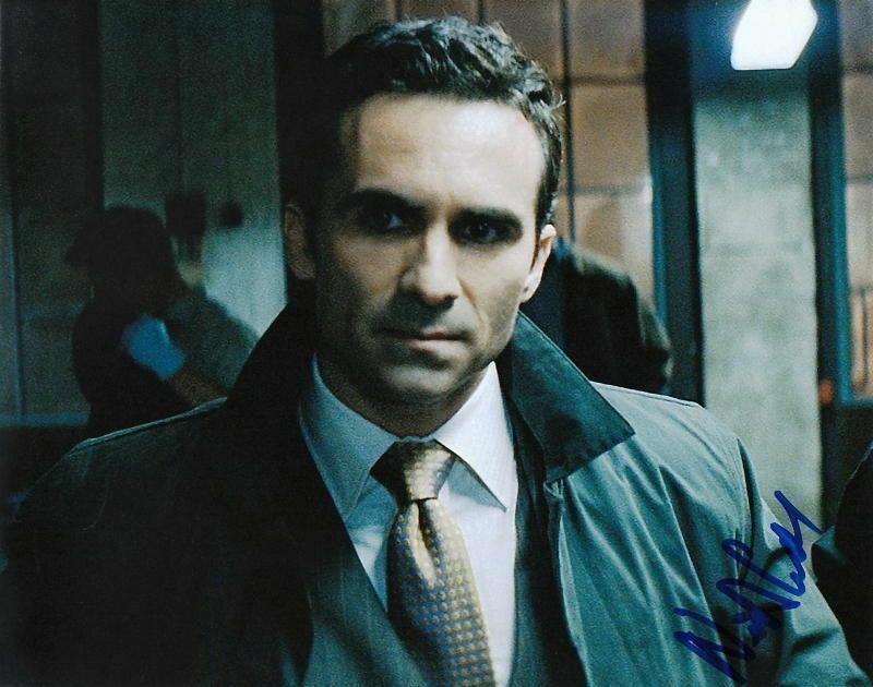 NESTOR CARBONELL.. The Mayor of Gotham City (The Dark Knight) SIGNED