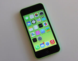 Green Apple iPhone 5c With Charger, 16 GB Memory And Case! Telus
