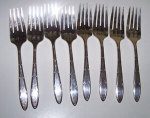 19 Pcs.of Vintage Nobility Silver Plate Flatware Reverie 1937 London Ontario image 3