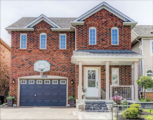 Brilliant 3 Bedrooms Houses Townhomes For Sale In Toronto Gta Home Interior And Landscaping Synyenasavecom
