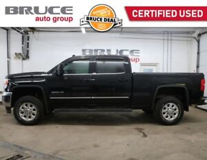 2015 GMC SIERRA 2500 HD Z71 SLT - NAVIGATION / 4X4 / LEATHER INT