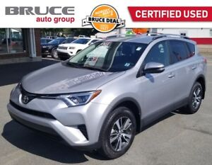 2018 Toyota RAV 4 LE - BLUETOOTH / AWD / REAR CAMERA