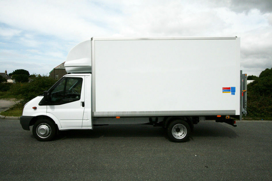 CHEAP MAN AND VAN SERVICES FROM £15PH REMOVALS AND STORAGE ALSO EUROPE CALL FOR A HASSLE FREE QUOTE