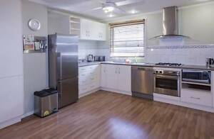 Furnished 2 bed apartment, central location, close to transport West Footscray Maribyrnong Area Preview