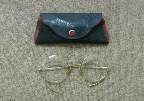 Ogden wire rimmed eyeglasses with case Vintage eye wear