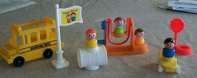 Vintage Fisher Price Little People School House Complete Parts & People#2550