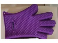 Homdox® Kitchen Heat Resistant Silicone Grilling BBQ Gloves/Oven Mitts