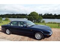 Jaguar XJ8 lovely cond ideal Chauffeur /Collector/Wedding car potential as only 30,100mlsinvestment