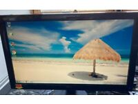 """20"""" Monitor & WiFi Keyboard"""