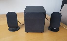 ESSENTIALS PSP21BK15 2.1 PC Speakers with subwoofer