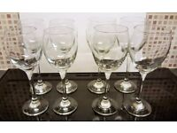 JOB LOT GLASSWARE 4 x Small & 4 x Large Wine Glasses - Excellent condition/Kept in storage