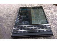 BLACKBERRY PASSPORT- Q30-32GB -BLACK -UNLOCKED-GRADE A