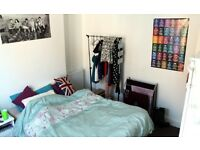 Double Rooms to let in student/young professionals house in Lincoln only 600 yards from St.Mark's
