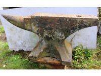 Blacksmith Anvil with Metal Stand