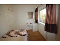 CHEAP TASTEFULLY DECORATED SINGLE ROOM IN MODERN HOUSESHARE AVAILABLE NOW!