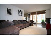 A Beautiful Large One Bed Apartment In The Heart of Hoxton N1