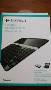 Logitech keyaboard and cover for iPad
