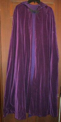 PLE Velvet-VICTORIAN  LONG VELVET  w/ purple LINING  (Purple Cape)