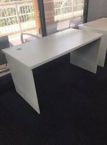 White office/study desk - Near new condition Lane Cove West Lane Cove Area Preview