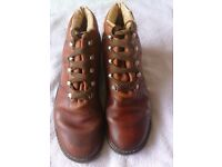 Pair woman's brown leather walking boots