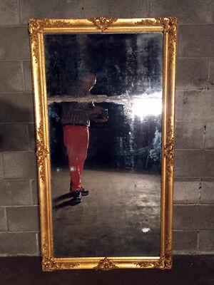 Antica ed Elegante Specchiera Luigi Filippo Dorata a Foglia e Specchio Originale