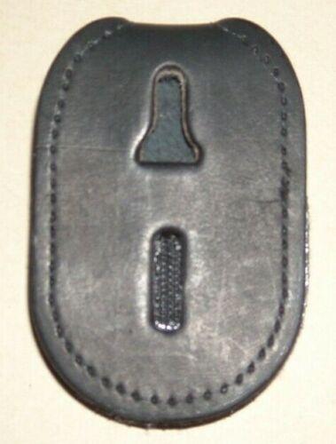 SLIMLINE CASE COMPANY #18 HOOK & LOOP BELT BADGE HOLDER - OVAL- BRAND NEW!
