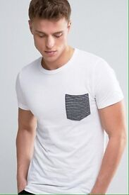 French Connection men's fitted t-shirt L