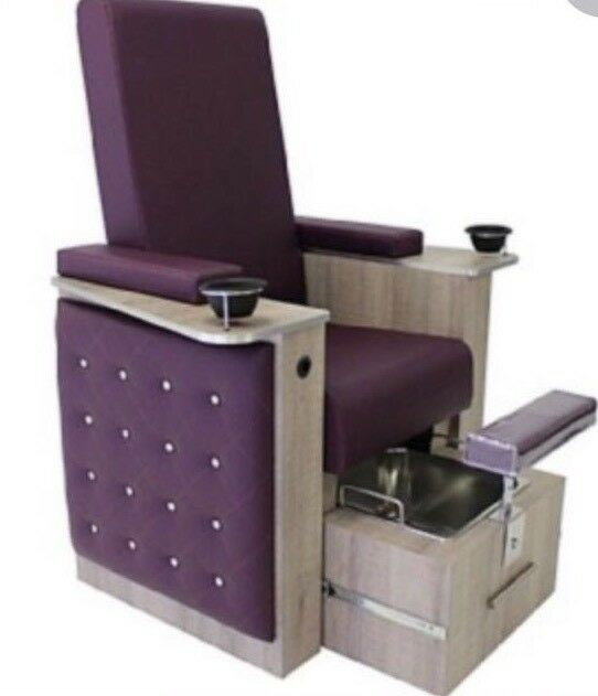 R.E.M. PEDICURE CHAIR