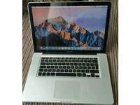 Apple Macbook Pro 15 i7 8gb 250gb SSD Sierra