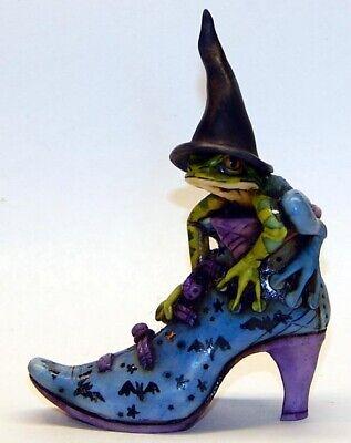Harmony Kingdom Artist Neil Eyre Designs halloween witch hat boot shoe frog bats (Halloween Booty)