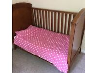 Mamas and Papas Cot Bed and Changer