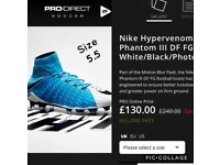 Nike Hypervenom Phantom size 5.5 turquoise blue and white football boots.