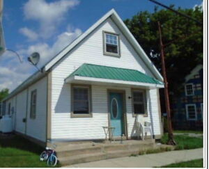 Great Investment/Live-in Rental Opportunity!