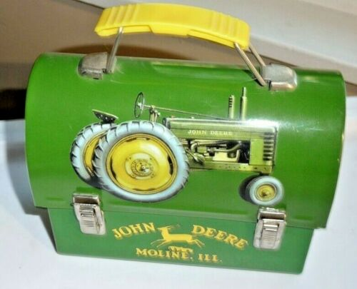 JOHN DEERE TIN METAL MINI LUNCH BOX - COLLECTIBLE TIN BOX MOLINE, ILLINOIS VTG.