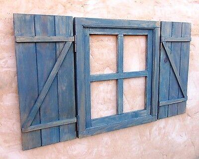 ventana de madera con postigos o contraventanas cruz, azulina, vintage segunda mano  Benavente