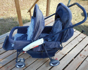 2 Seat Stroller (professionally cleaned) $40 obo