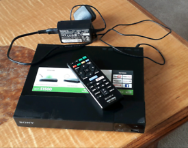 Sony BDP-S1500 Blue ray DVD player with remote control
