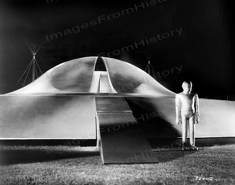 8x10 Print Michael Rennie Gort The Day the Earth Stood Still 1951 #MR72