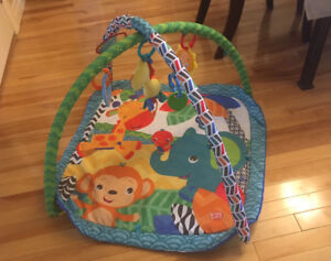 Bright Starts Jungle Musical Activity Gym - Excellent Used Condi