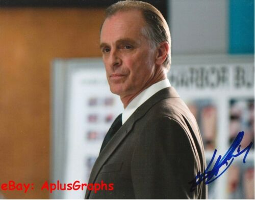 KEITH CARRADINE.. Dexter - SIGNED