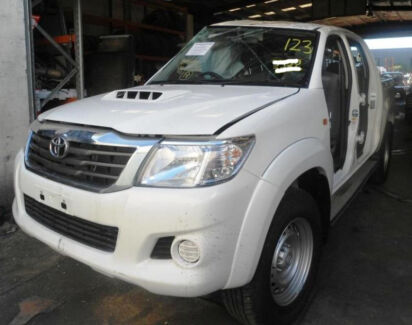 2013 TOYOTA HILUX SR D/CAB 4X4 DEMO VEHICLE LIKE NEW LOW KMS!!! Campbellfield Hume Area Preview