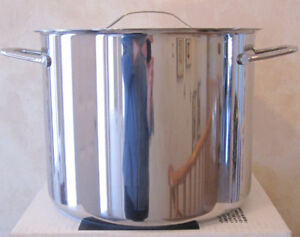 New Paderno 14 L Covered Stock Pot And 10 L Covered Dutch Oven
