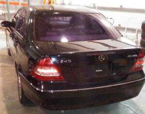 Mercedes-Benz c-240 ,,toit ouvrant ,tres bon etat, année 2003