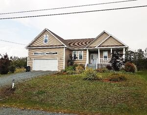 Beautiful Spacious Home in Mature Subdivision in Enfield!!!