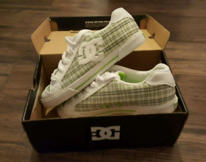 Women's DC Shoes Size 7.5 New