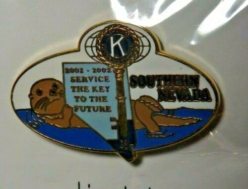 2001-2002 Southern Nevada District Kiwanis International Lapel Pin Key Otter